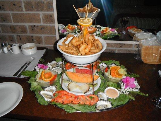 Idlewilde Town & Country Motor Inn : Seafood Platter part of package