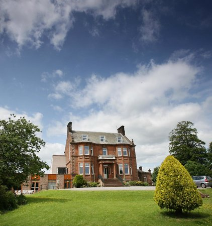 Cressfield Country Hotel: Hotel Grounds