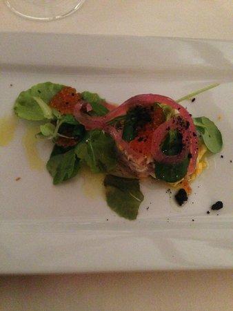 Ristorante Vecchia Malcesine: Interesting appetiser with tuna substitute.