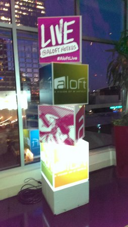 Aloft Charlotte Uptown at the EpiCentre: Lobby