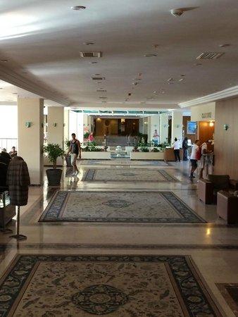 Hotel Ozkaymak Incekum: Холл отеля