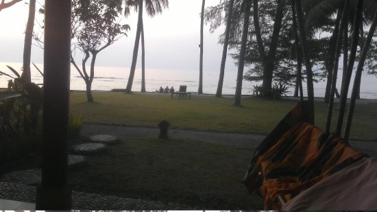 Alang-Alang Boutique Beach Hotel: View from the room