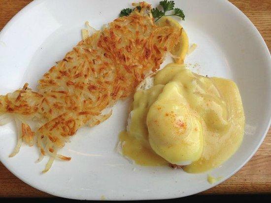Pig 'n Pancake: Dungeness Crab Eggs Benedict