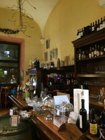 Cantina del Convento: Inside