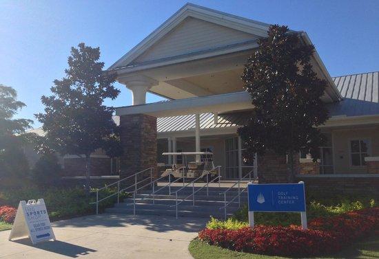 IMG Academy: Golf building