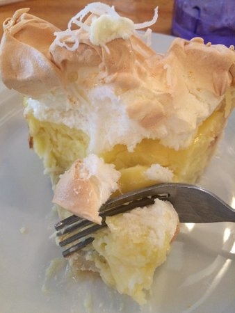 Sunflower Bakery and Cafe: Coconut Cream Pie!  Yummy