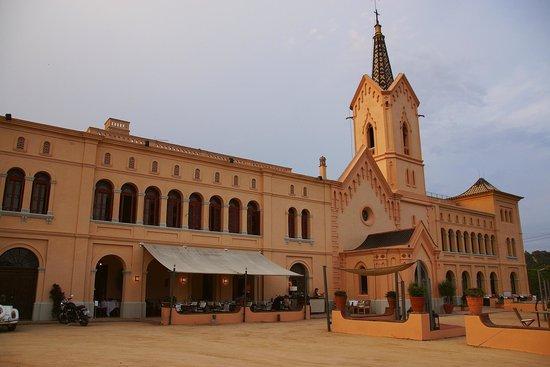 Restaurant Sant Pere del Bosc : Un superbe bâtiment