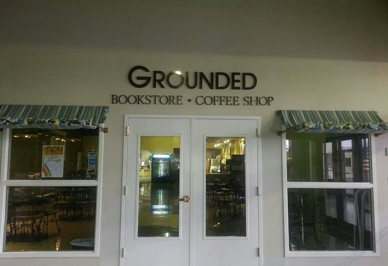 Grounded Bookstore And Coffee Shop Belen Restaurant Reviews