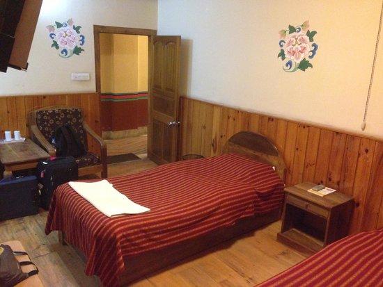 R. Penjor Lodge : Room