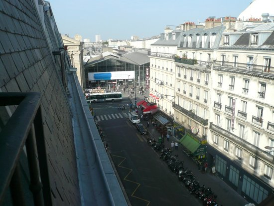 Ibis Paris Gare du Nord: Looking back towards Gare du Nord from the balcony.