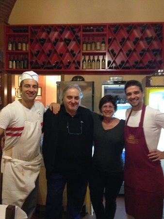 Trattoria Gigi Di Lippi Luciano : The family who makes the restaurant great!