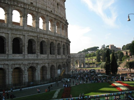 3 Millennia Day Tours: Colosseum