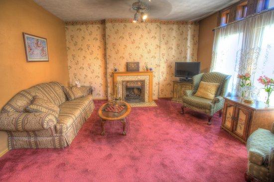 Adagio Bed & Breakfast $274 ($̶2̶8̶0̶). Denver Hotel Deals ...