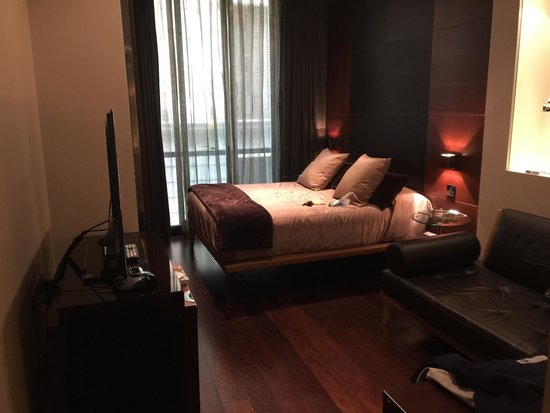 Hotel Urban: Room 246