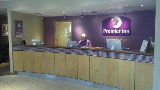 Premier Inn Bournemouth Westcliff Hotel: reception