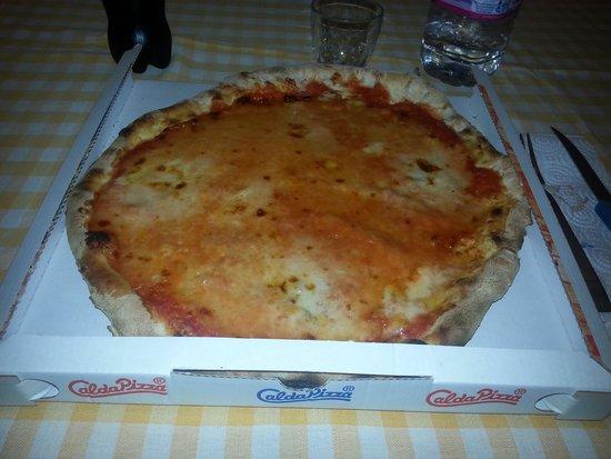 Fior di pizza : pizza QUATTRO FORMAGGI!