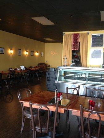 Mezza Cafe: Inside