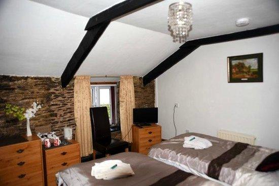 Kingston, UK: Twin Room