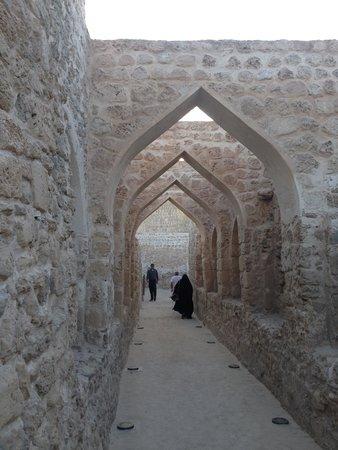 Qalat al Bahrain: Arches in the Interior