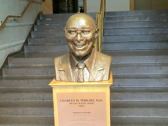 Charles H. Wright Museum of African American History : Museum entry point