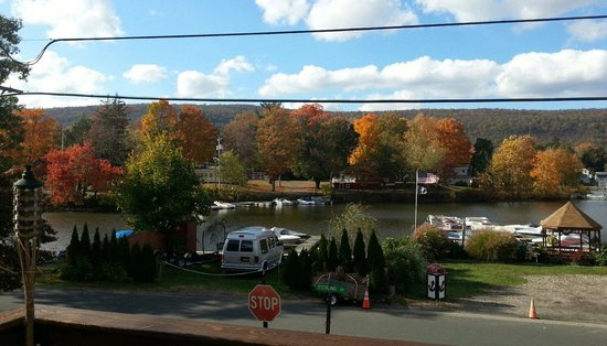 Waterstone Inn: From the deck.