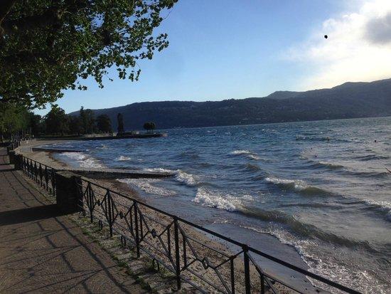 Laveno-Mombello, อิตาลี: Sea, sex and sun