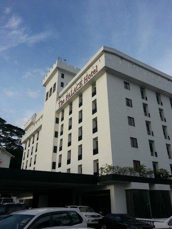 The Palace Hotel Kota Kinabalu: Hotel Facade