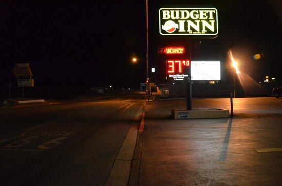 Budget Inn of Needles: Cartel del Motel