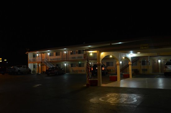 Budget Inn of Needles: Exterior hotel
