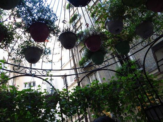 Hotel Nicolo: nice patio