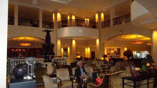 Hotel Adlon Kempinski: Foyer