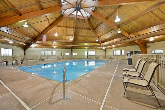 Indoor Pool Picture Of Clarion Hotel Conference Center South Lexington Tripadvisor