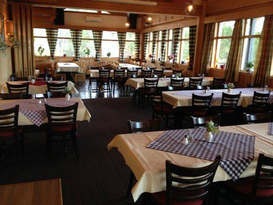 Trolltun Gjestegard: Dinner Area