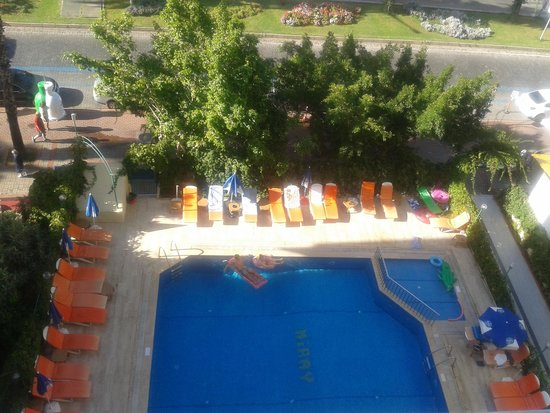 Miray Hotel: View of the pool