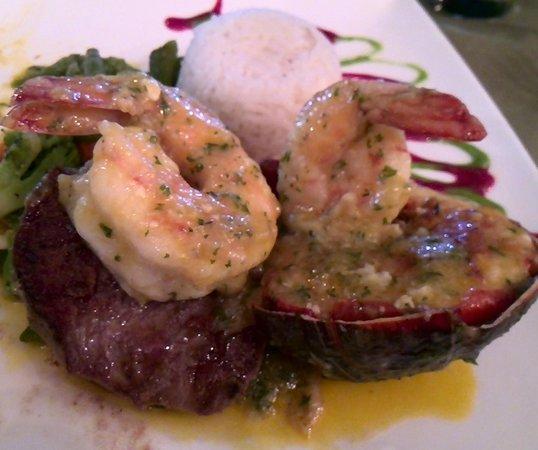 Restaurante Las Olas : Delicioso Mar y Tierra.