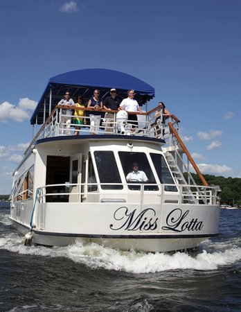 ‪Lake Hopatcong Cruises‬