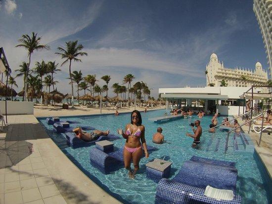 Hotel Riu Palace Antillas Pool Bar