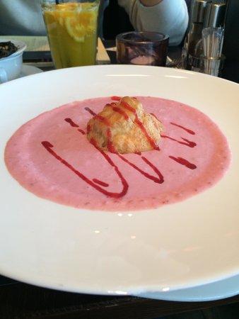 Leroy Bistro - MOM Park: my raspberry soup with mascarpone profiterol!!! 😍