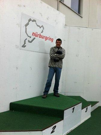 Nurburgring Aston Martin Co Pilot Ride: No pódio de Nurburgring