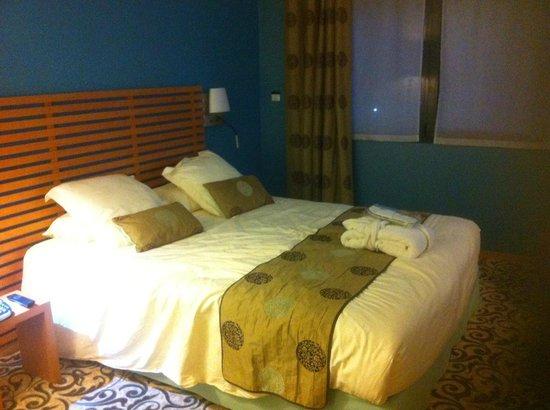 BEST WESTERN PLUS Hotel De La Regate : lit