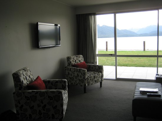 Te Anau Lakeview Holiday Park: Lounge