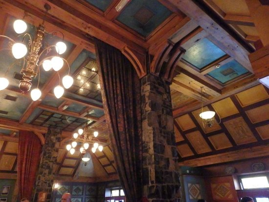 Temple Gate Hotel: Pub Area