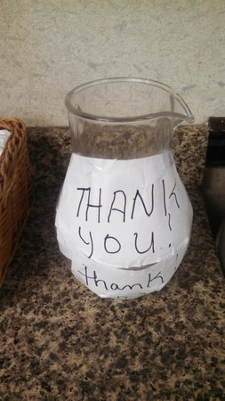 Howard Johnson Inn Lexington : Breakfast Tip Jar