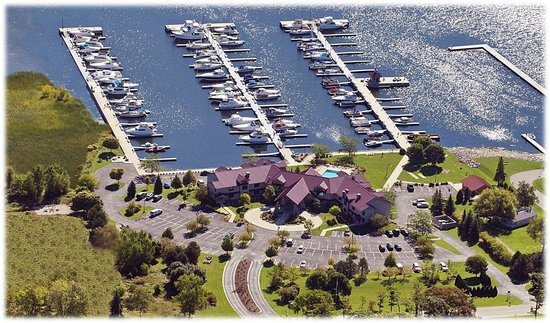 Wave Pointe Marina & Resort: View from above