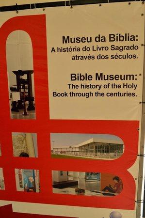 Bible Museum: Mural do Museu