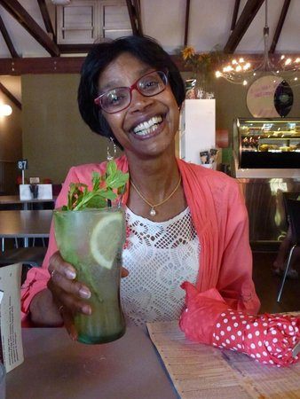 The Kool Spot Cafe: The Ginger Lemon Fizz - and my gorgeous holiday companion!