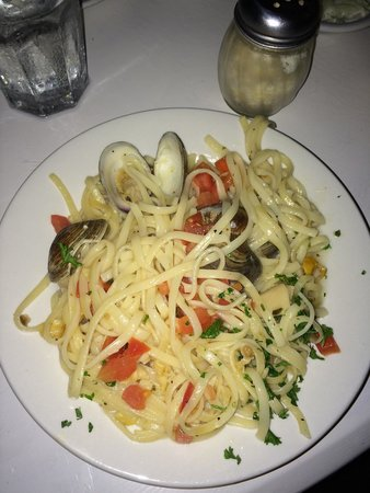 Jack Baker's Lobster Shanty : Clam Linguini
