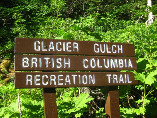 Twin Falls/Glacier Gulch Trails: You know you're in the right place.