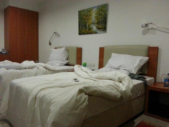 Gloria Plaza Hotel Sandakan: Twin Room