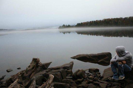 Moosehead Hills Cabins: Loon Lodge Lakeside